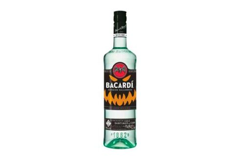 "Bacardí lanza botella ""Glow In The Dark"" edición Halloween"